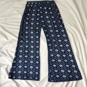 Divided H&M flare bottom blue pants size Small